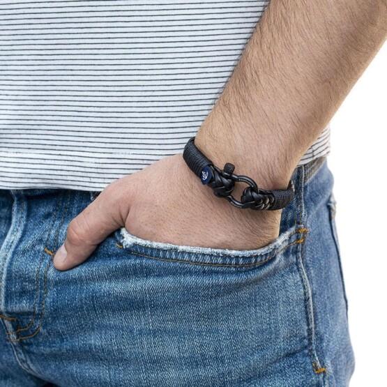 Кожаный стильный мужской браслет чёрного цвета — Jack Tar 10029