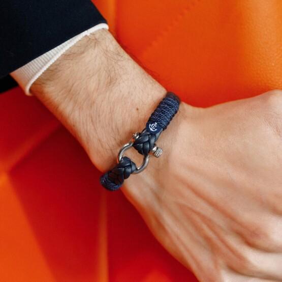 Тёмно-синий мужской кожаный браслет — № 10086