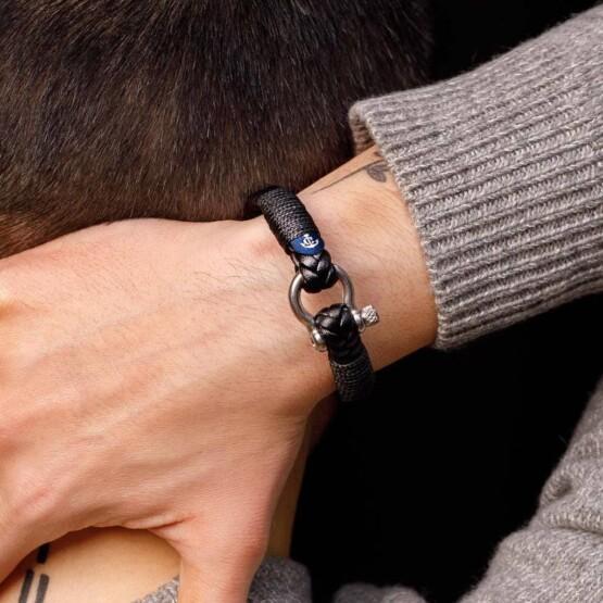 Кожаный мужской браслет чёрного цвета — № 10078